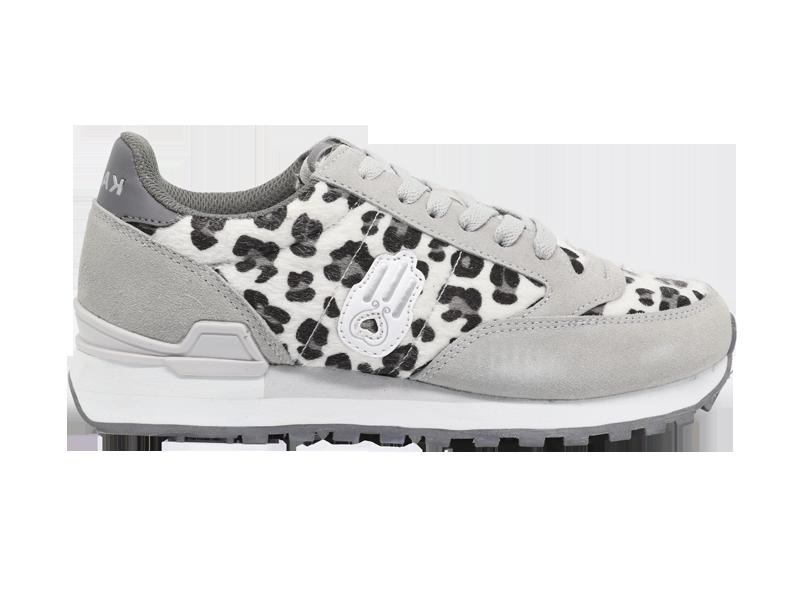 leopard white